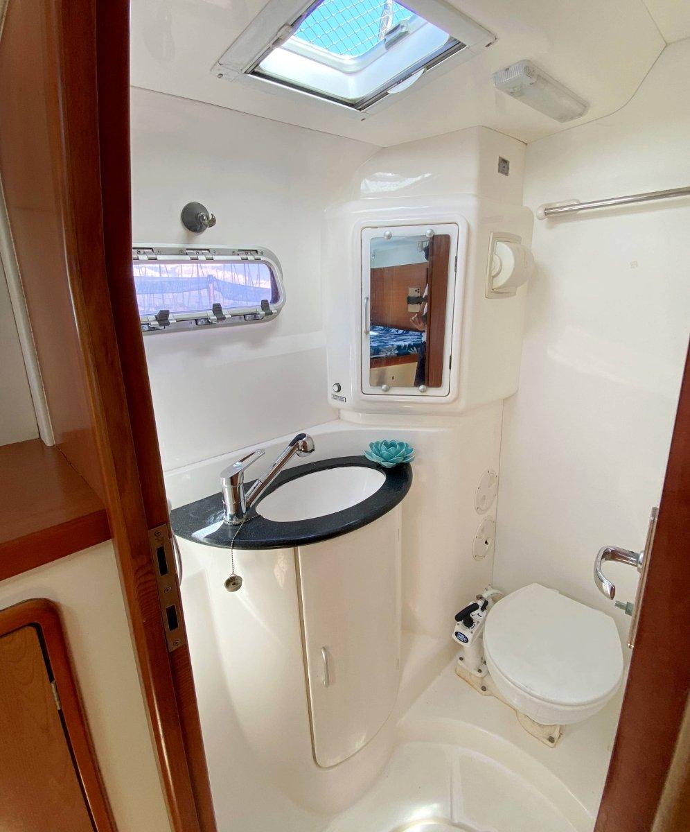 Leopard Catamarans 43 - Turn key Bluewater Cruiser
