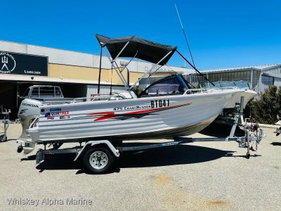 Quintrex 475 Coast Runner In Excellent Condition with a 4 Stroke Outboard
