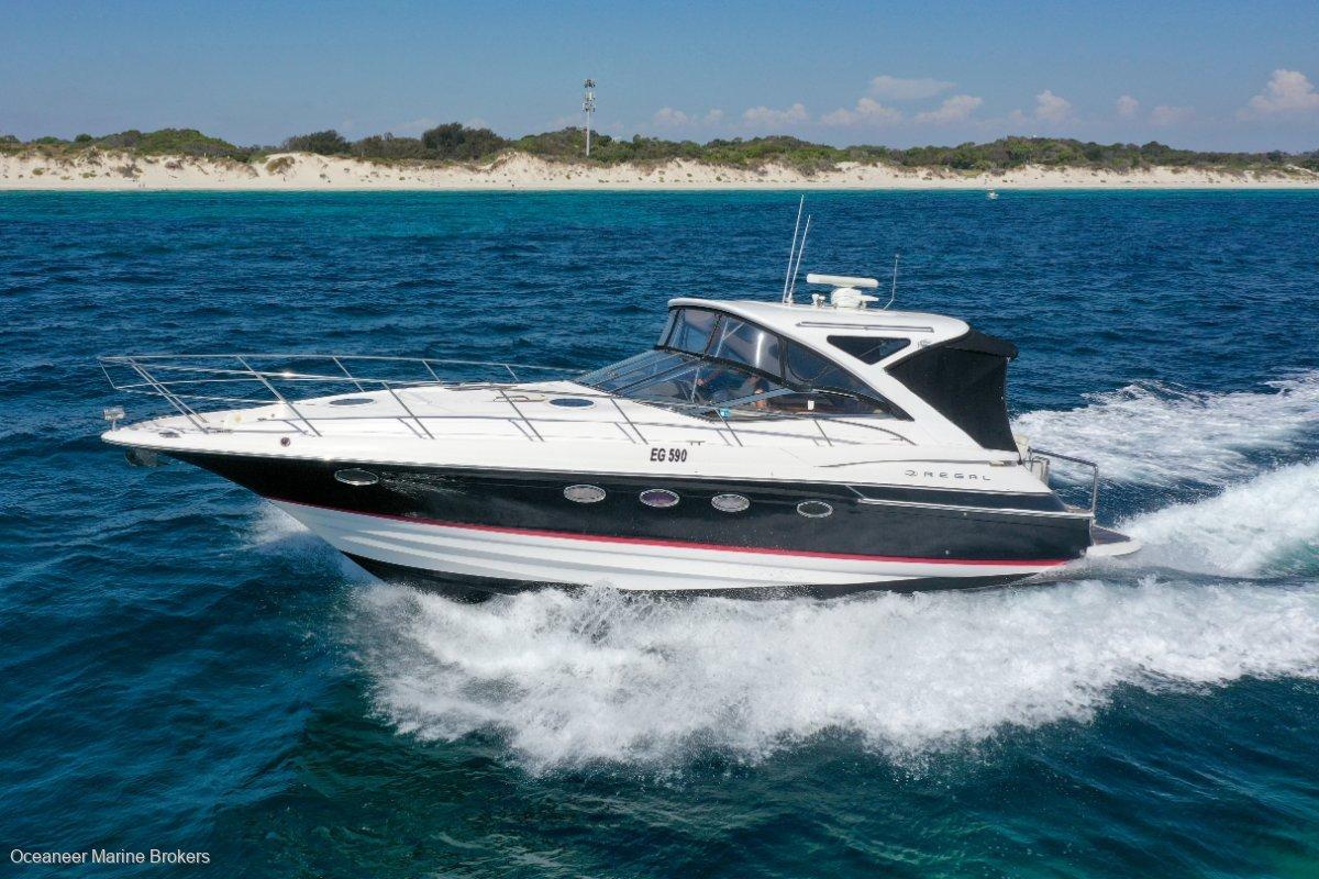 Regal 4460 Sports Cruiser - Volvo IPS500