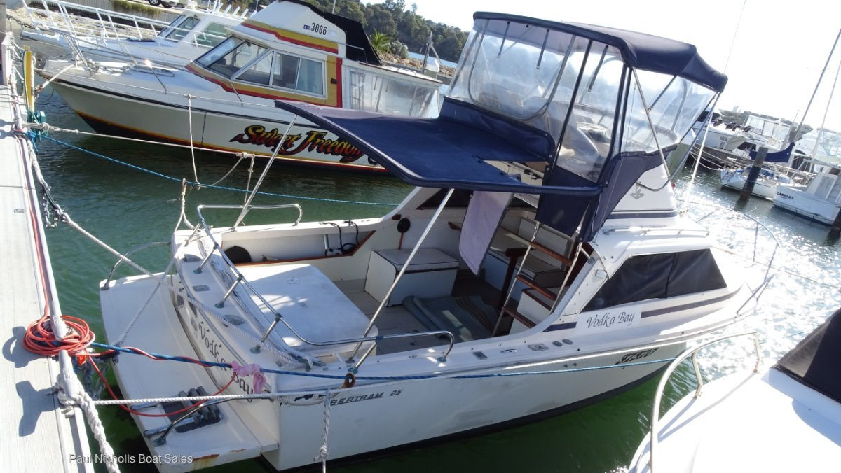 Bertram Caribbean 25 Flybridge GREAT ALL ROUNDER AND WELL PRICED TO SELL!!