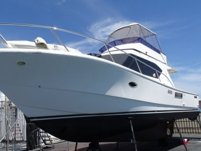 Gavin Mair M M Flybridge 36 LOCATED IN KIMBERLEYS, CRUISE HER BACK TO PERTH?