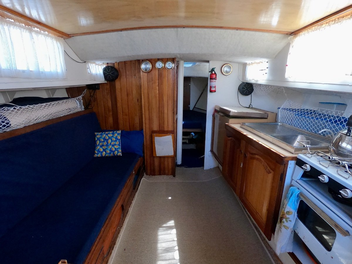 Temptress 34 EXCELLENT VALUE COASTAL CRUISER OR LIVE-ABOARD!