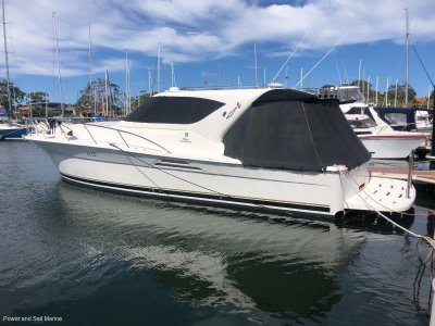 Riviera 4000 Offshore Hardtop Platinum Series Immaculate condition, diesel and shaft!- Click for more info...