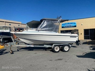 Seafarer Vogue 5.5 Centre Console GREAT FAMILY PACKAGE WITH 4 STROKE! BOAT FOR SALE
