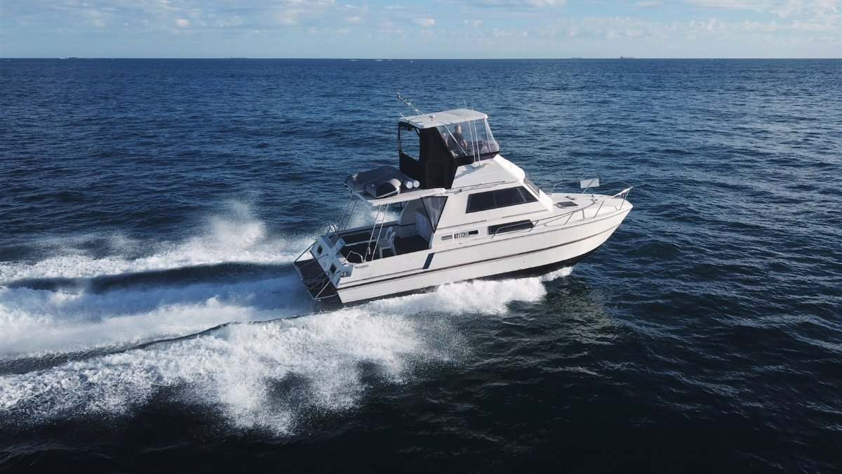 T Craft 32 Catamaran *PRESENT ALL OFFERS*