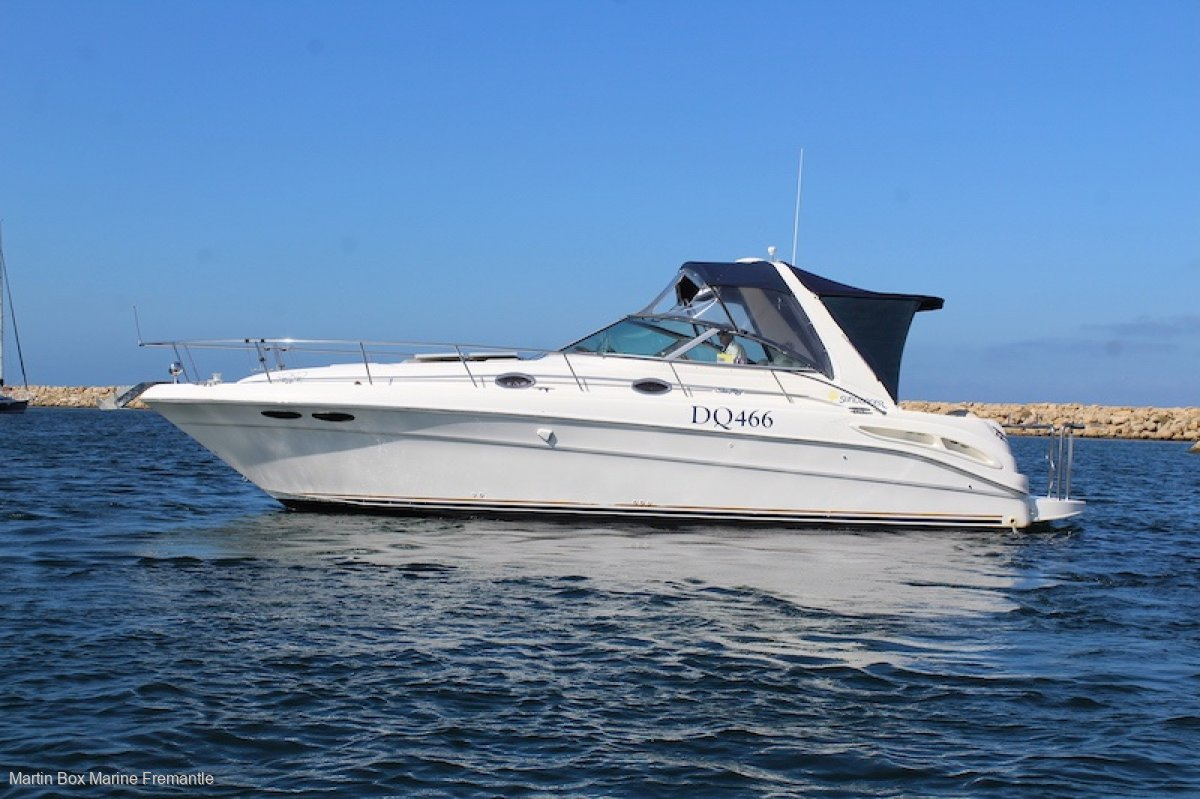 Sea Ray 350 Sundancer with Twin Shaft Drives