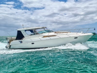 Riviera M400 Sports Cruiser - Diesel Powered