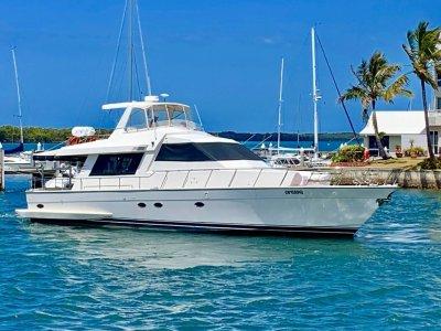Aviva International Motoryachts 580 Pilothouse Flybridge Cruiser