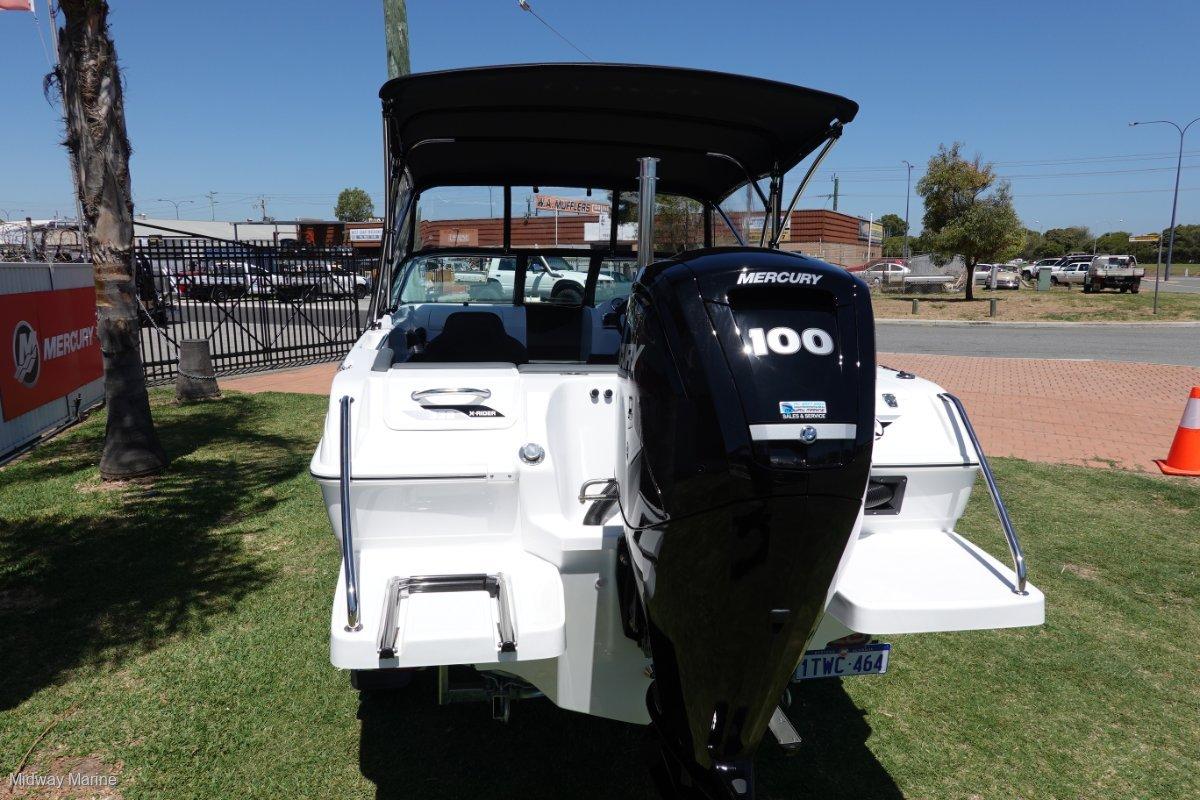New Revival 530 X-RIDER (BOW RIDER)