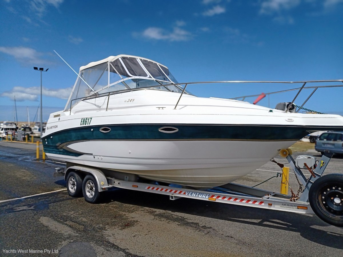 """Glastron GS 249 """" Licenced Trailer """":Glastron 249 by YACHTS WEST MARINE ph 9335 7788"""