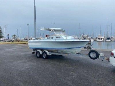Voyager Sports Fisherman 6.1m