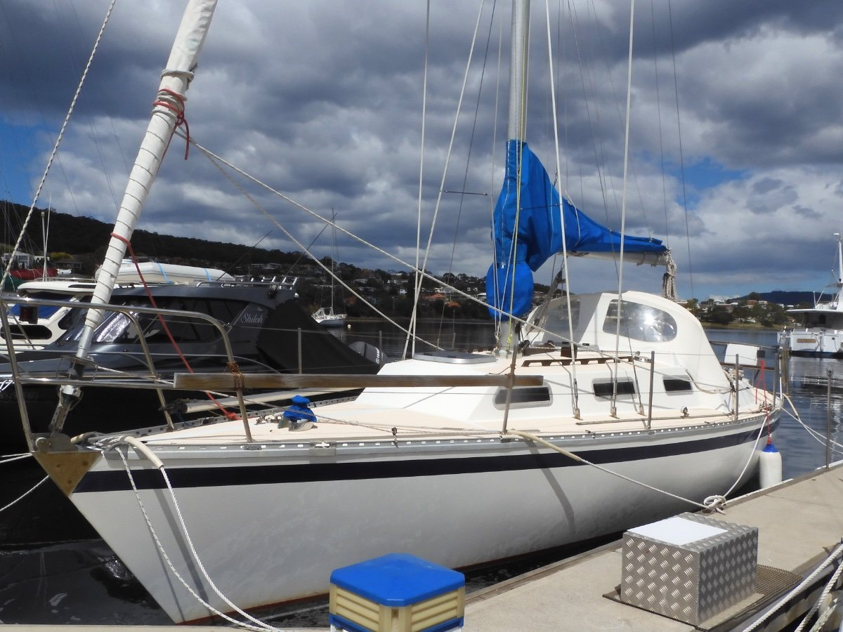 Mottle 33 EXCELLENT CONDITION, POPULAR CRUISER/RACER!