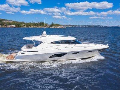Riviera 6000 Sport Yacht 6000 Sport Yacht