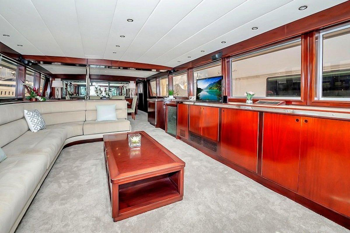 Lloyd 115 Motor Yacht