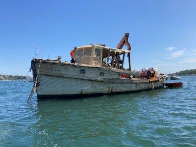Helmsman Trawler Work boat Mooring Barge 42 ft Gardner Diesel Resto