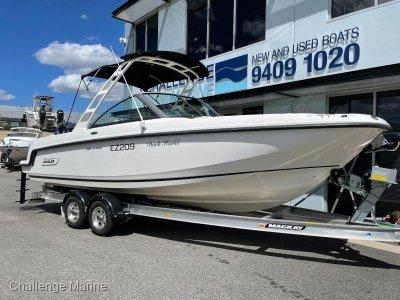 Boston Whaler 230 Vantage Unsinkable Offshore Fishing Bowrider!