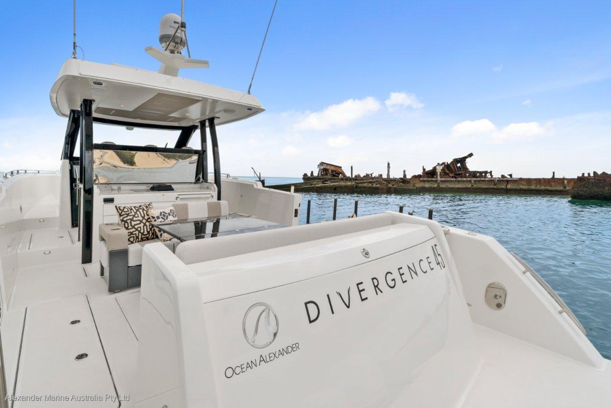 Ocean Alexander 45 Divergence