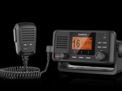 NEW Garmin VHF 115i Marine Radio