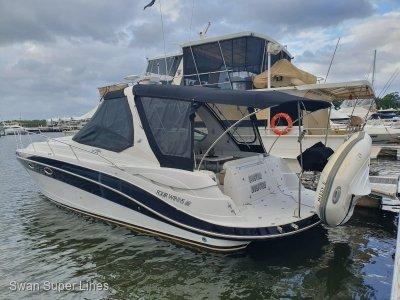 Four Winns Vista 358 Sports Cruiser