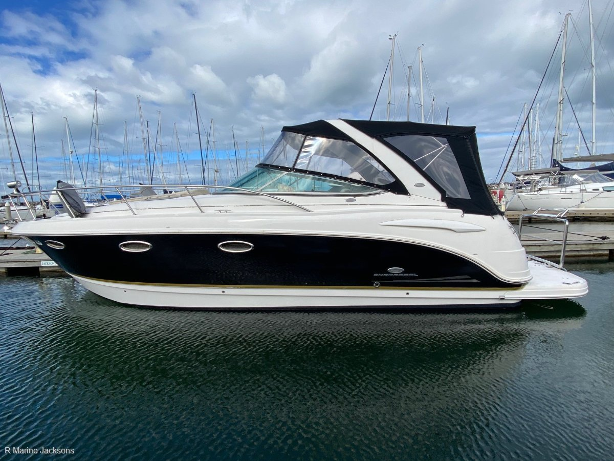 Chaparral 330 Cruiser:Chaparral 330 Signiture Sports Cruiser for sale- R Marine Jacksons