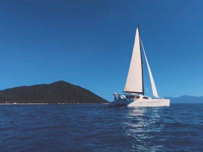 Roger Hill 15.9 Performance Cruising Catamaran