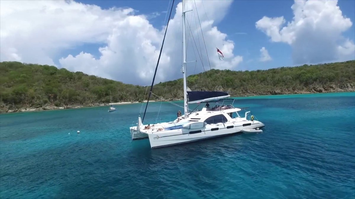 Leopard Catamarans 62 ROBERTSON AND CAINE