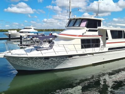 Pilothouse Motor Cruiser