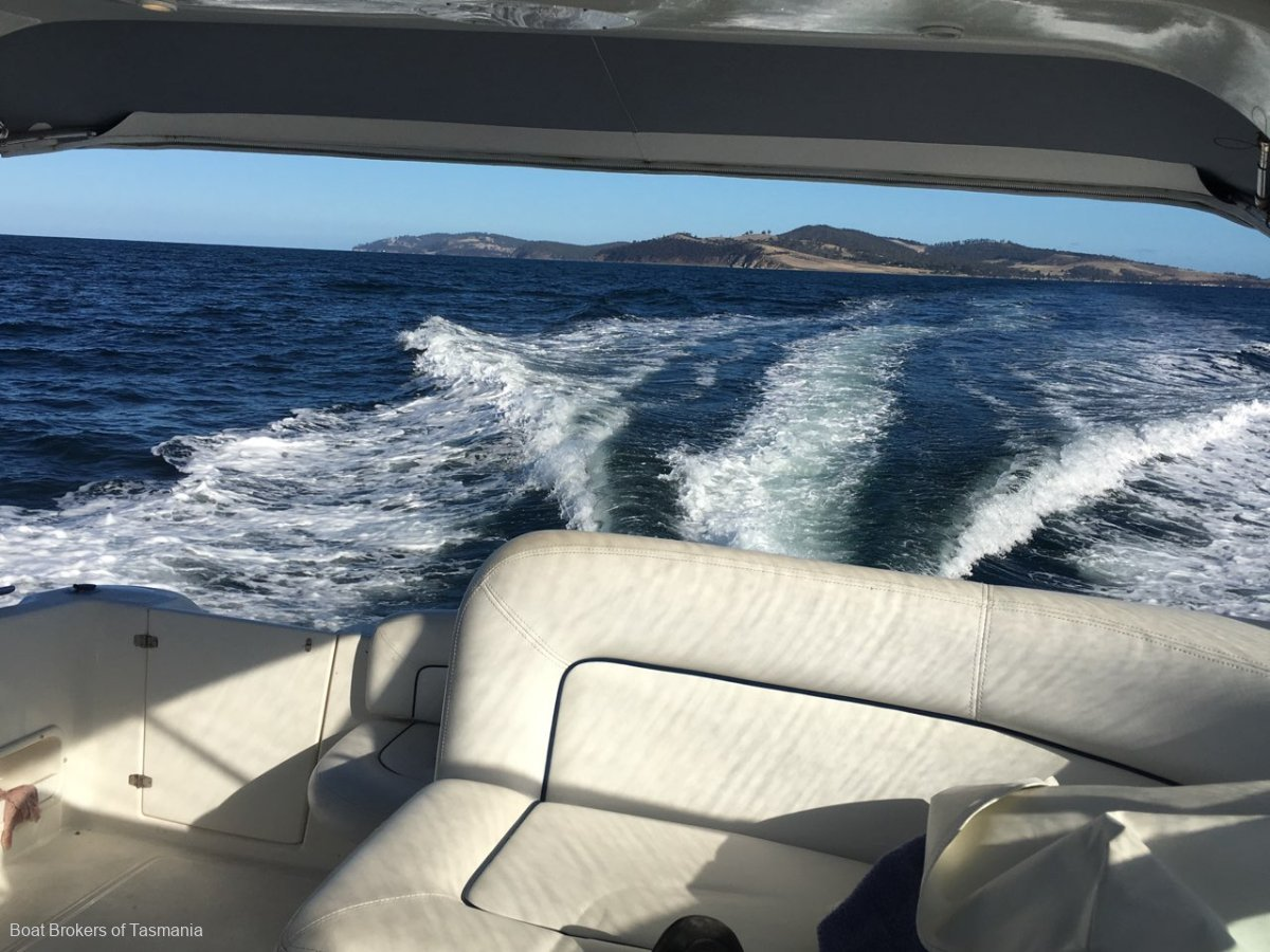 Mustang 3800 Sportscruiser Delivered December 2003. Very low hours