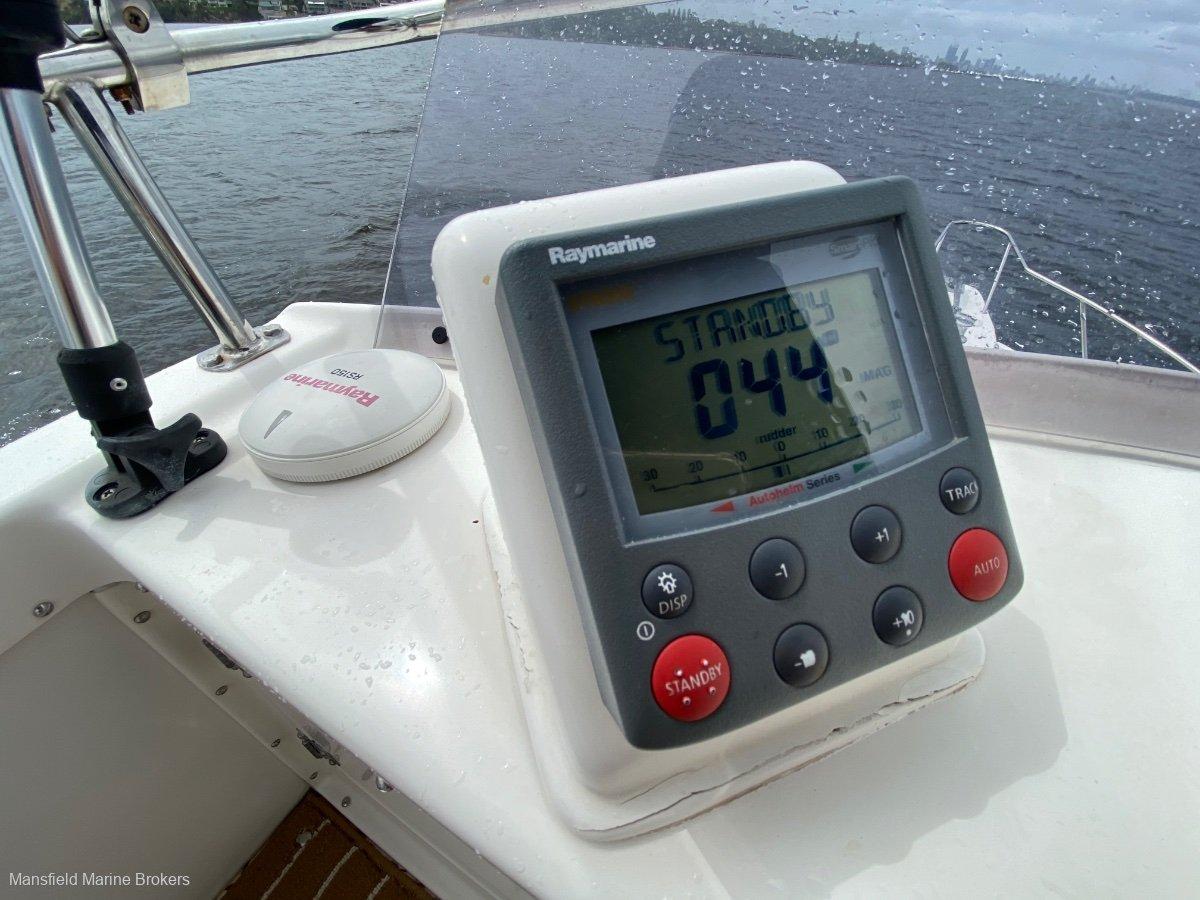 Caribbean 26 Flybridge Sports Fisherman