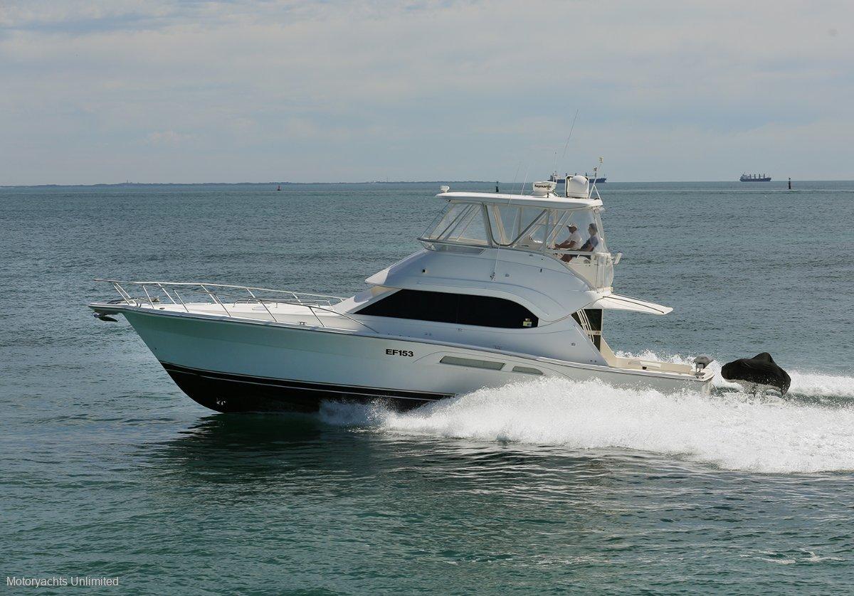 Riviera 47 Open Flybridge Series II Upgraded MAN engines and hydraulic swimboard