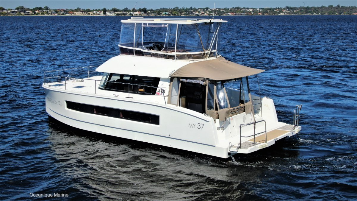 Fountaine Pajot MY 37 **This is a Must View!**