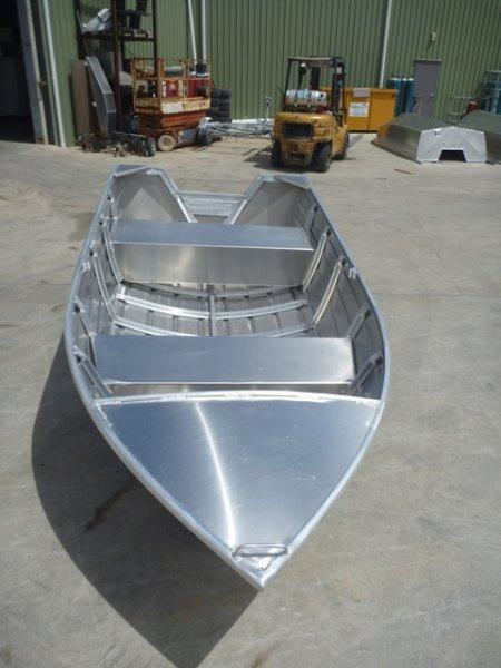 Stessco Squire 389 Open Boat