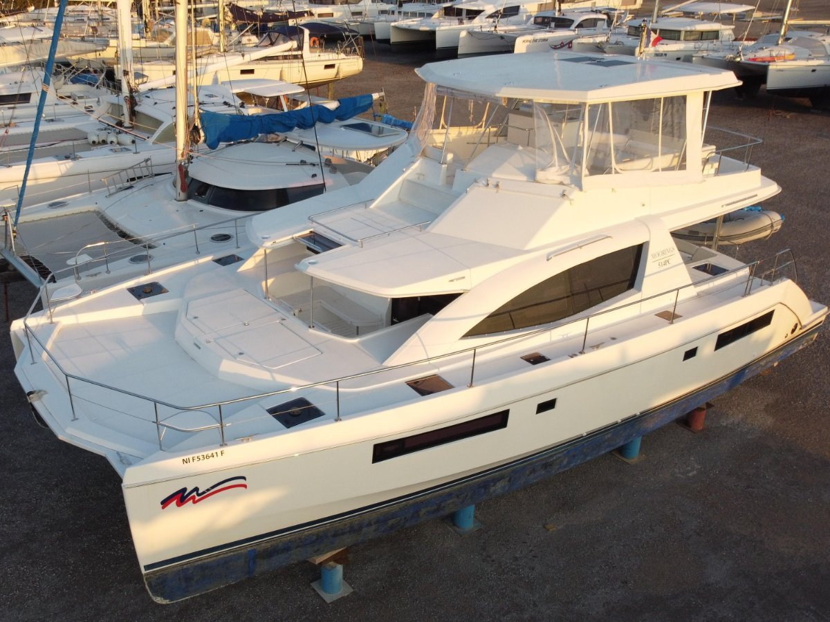 Leopard Catamarans 51 Powercat