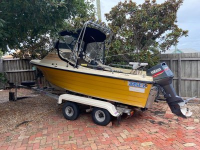 Yalta Craft 1600 Cuddy Cab Mako Offshore
