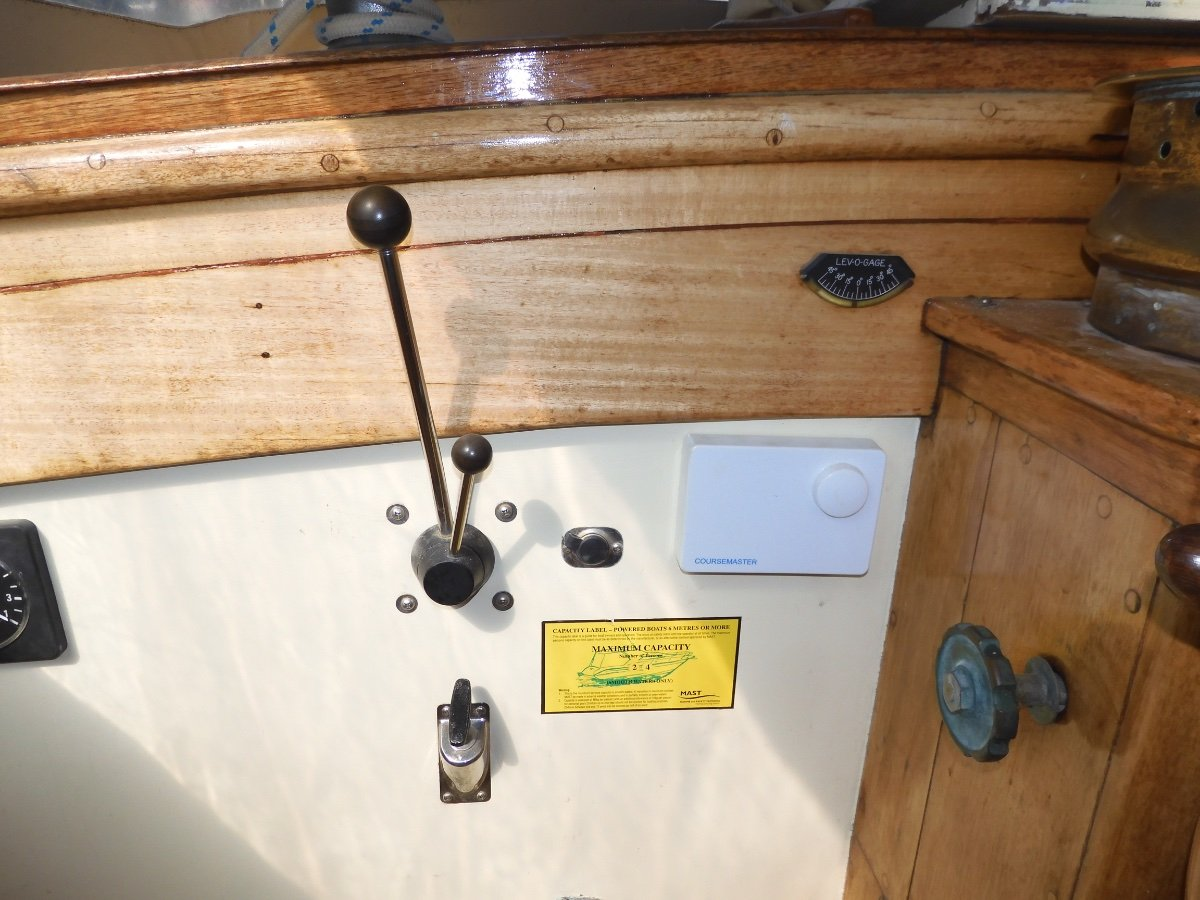 STUNNING 55FT SLATER DESIGNED CLASSIC JARRAH YACHT