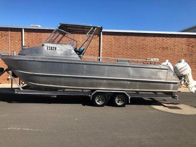 Custom 8.3m Catamaran