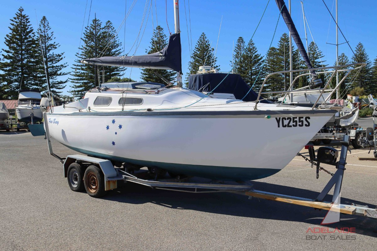Austral 24 Trailer Sailer