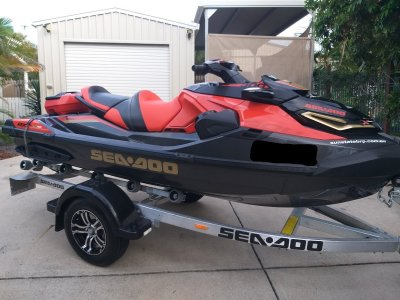 Sea-Doo RXT-X-300 RS Low hours used 4-5 times
