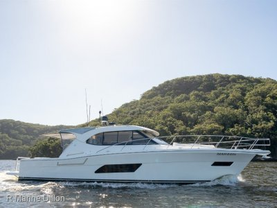 Riviera 445 SUV LOW HOURS, SERVICE PACKAGE, IMMACULATE