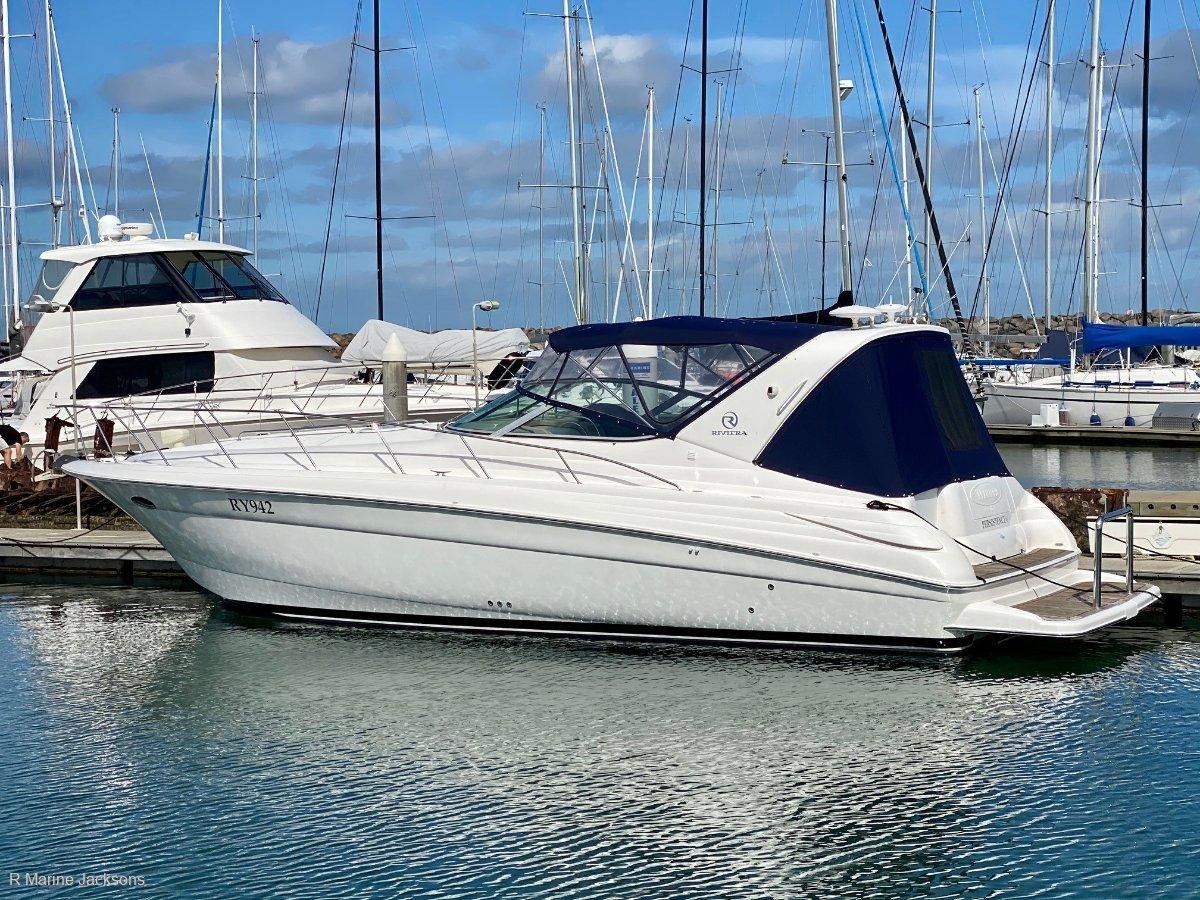 Riviera M370:Riviera M370 for sale - R Marine Jacksons