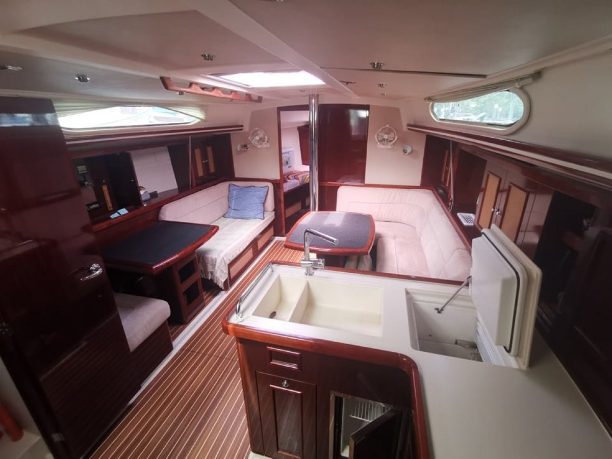 Moody 41AC Sailing boat for sale in Langkawi, Malaysia:Moody 41 Yacht for sale in Asia