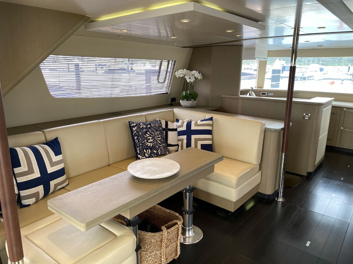 Fountaine Pajot Queensland 55