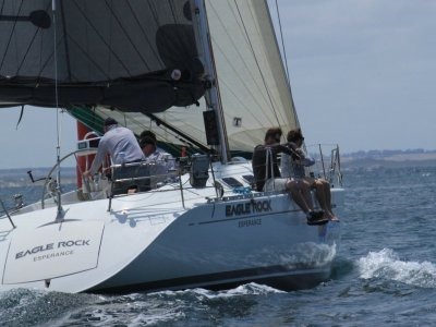 Beneteau 42s7- Click for more info...