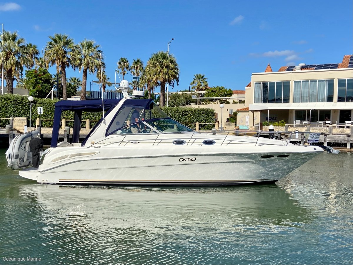 Sea Ray 365 Sundancer *Immaculate with LOW HOURS!*