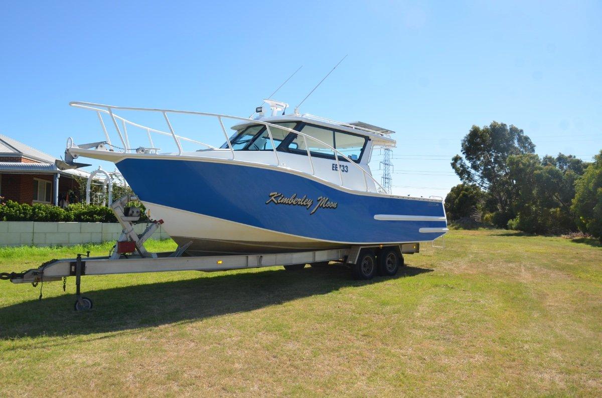 Stagg Boats Cabin Cruiser 8.4