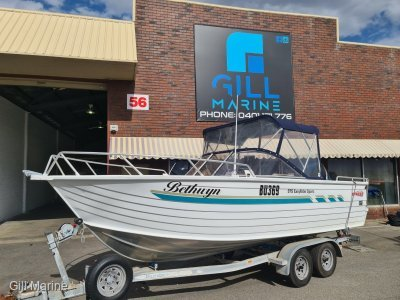 "Stacer 575 Easy Rider Sports WELL MATAINED faimily fishing boat ""BOW RIDER"""