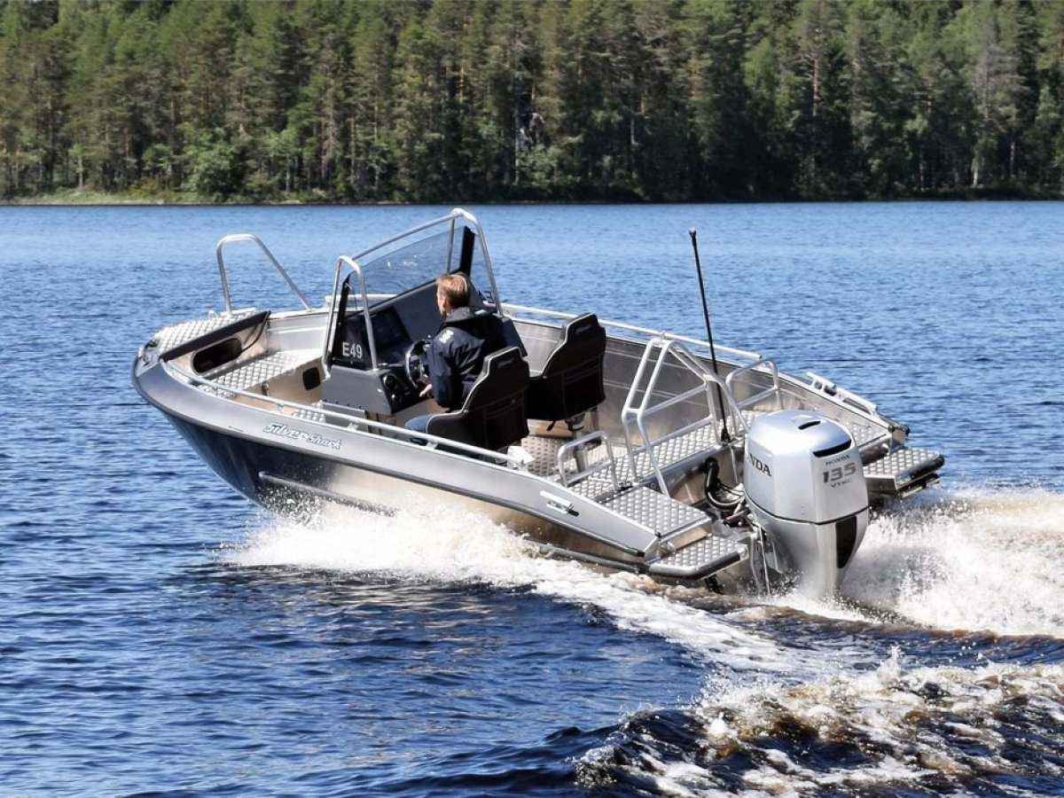 Silver Boats Shark CCX