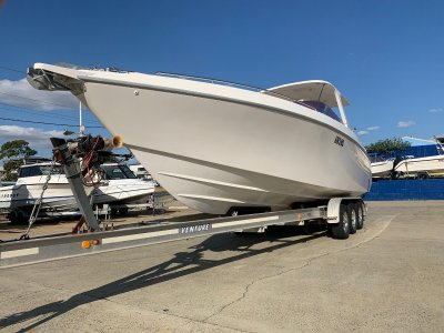 Windrush 9.15m Cabin Cruiser