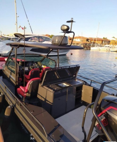 Motor Yacht Brabus Shadow 500 Black OPS Limited Ed