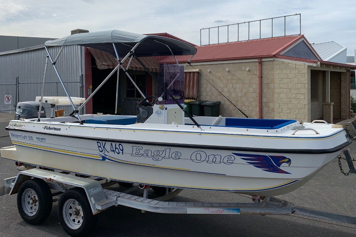 Western Craft 540 Whaler Tri Hull Centre Console